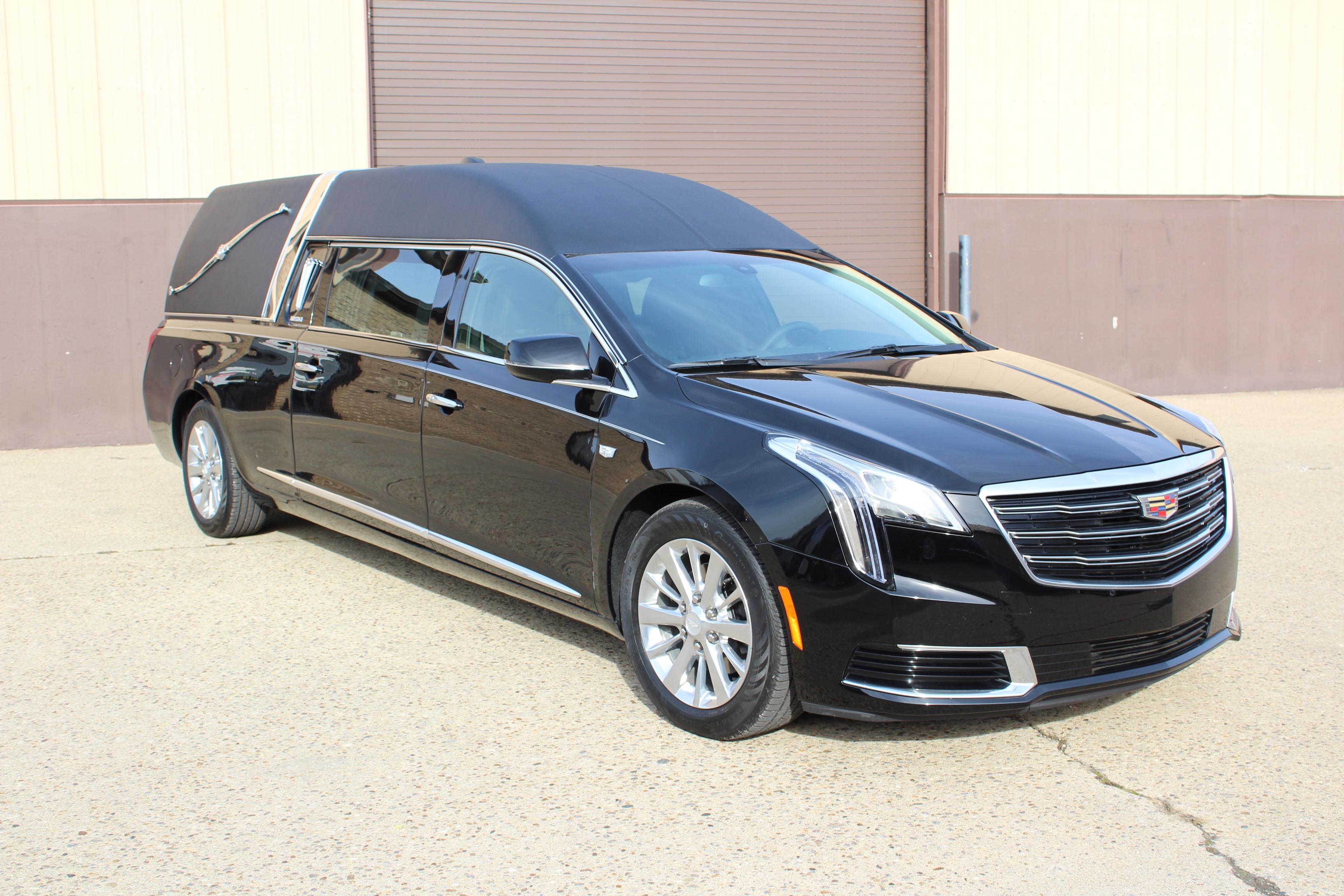 2018-Federal-Coach-Company-Cadillac-XTS-Heritage-23