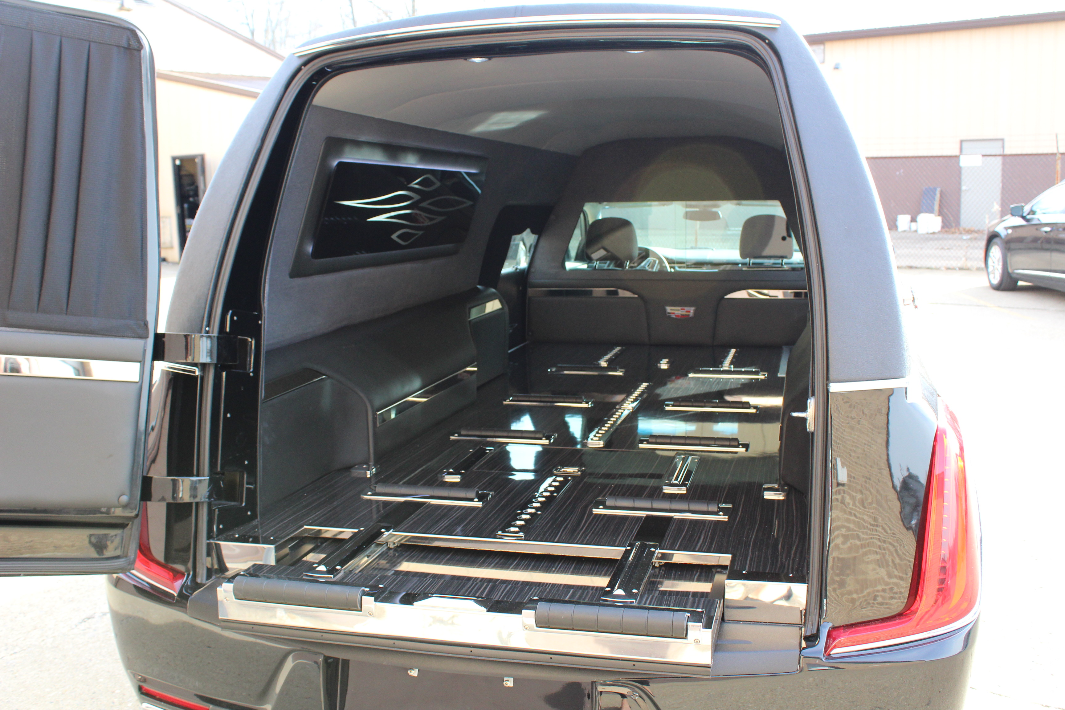 2018-Federal-Coach-Company-Cadillac-XTS-Heritage-26