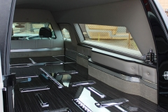 Cadillac-XTS-Kensington-Coach-Hearse-Eagle-Federal-7t